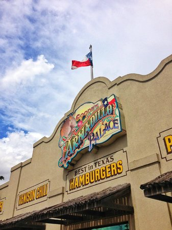 Goode Co. Barbeque - Armadillo Palace