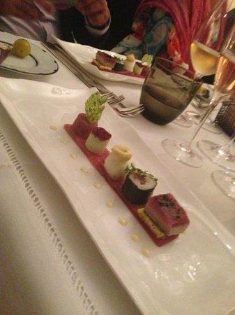 Halbedels: great variation of sushi