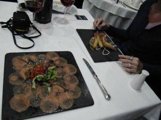 Restaurante Siete Puertas CB.: Carpaccio de Salmón y Langostinos de 1er plato