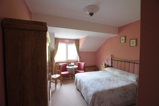 Drumcreehy Country House : Wem rosa nicht gefällt, kann nur das bemängeln:)