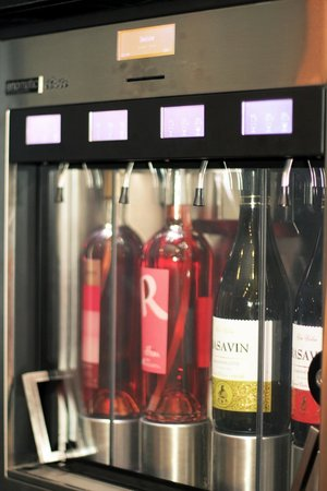 IdealWine Shop and Tasting Bar, Chisinau - Restaurant Reviews, Phone ...