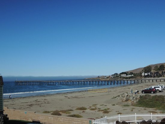Cayucos Shoreline Inn...on the beach: View from room 108