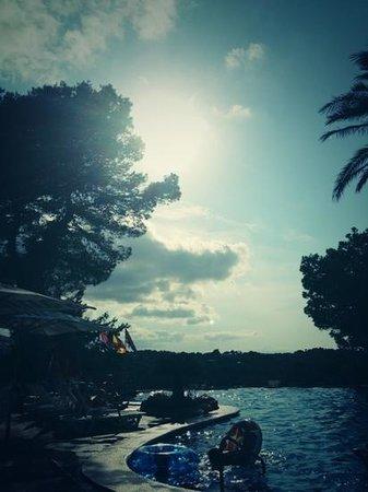 Apartments Del Rey: The Pool