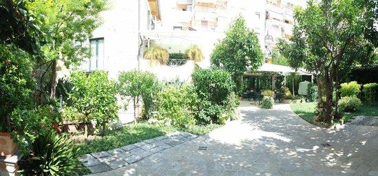 Relais Villa Angiolina: Giardino