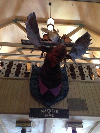 Mooseburger Lodge : Maynerd the Moose will sing to you.