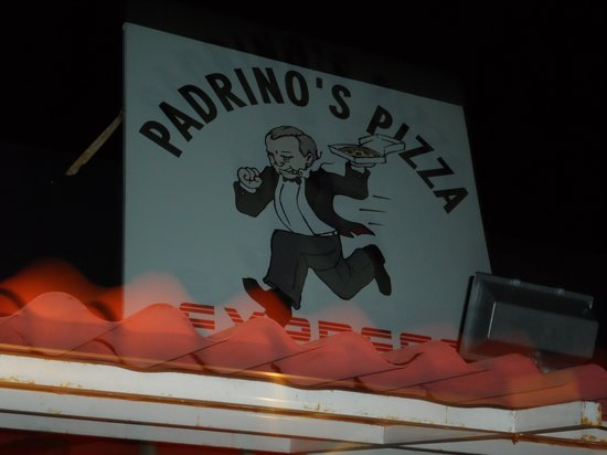 Padrino's Pizza Express: Look for this sign if you want great pizza!