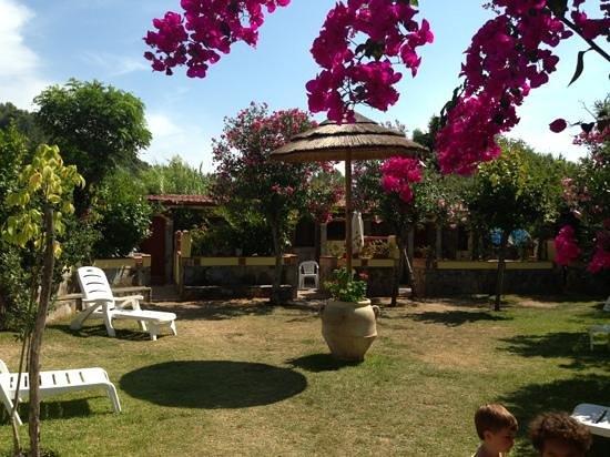 Hotel Village Tabu': il giardino dell'eden