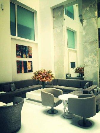 The Ashtan Sarovar Portico: The Lobby