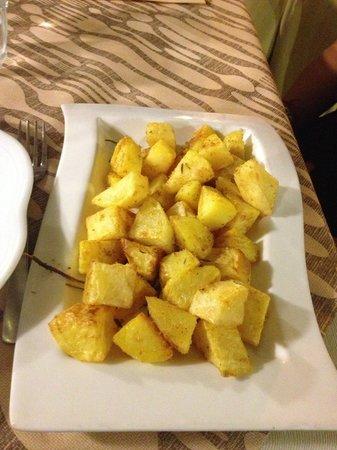 Oberdan : Patate discrete (a me piacciono più abbrustolite)