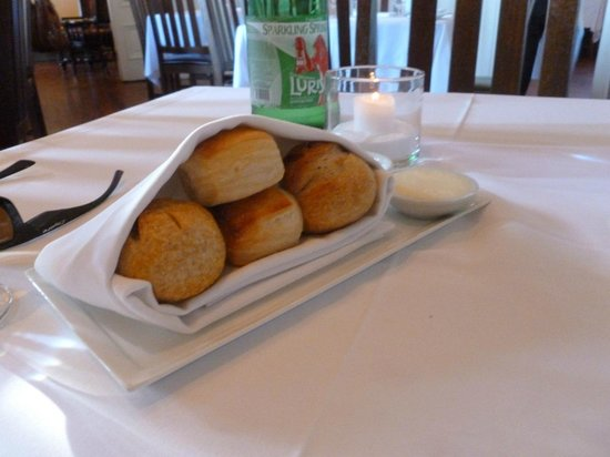 Cass House Restaurant: Pain au lait & wild yeast boule