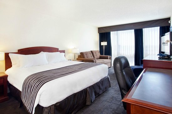 샌드맨 호텔 몬트리올- 롱게일