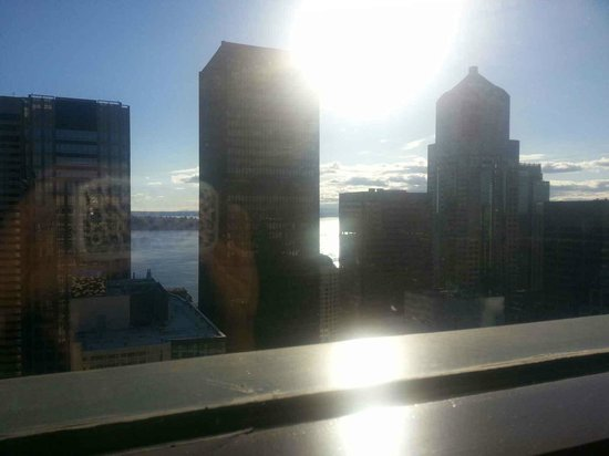 Renaissance Seattle Hotel : View from restaurant