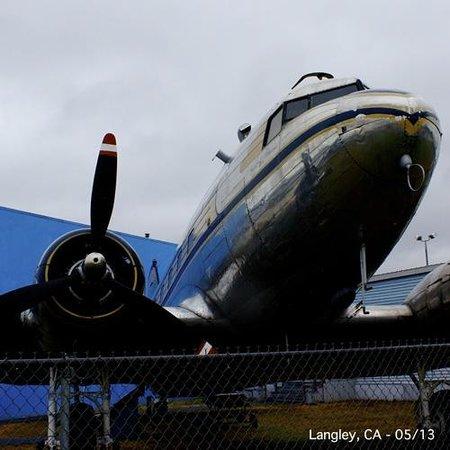 Canadian Museum of Flight: C-47 no museu