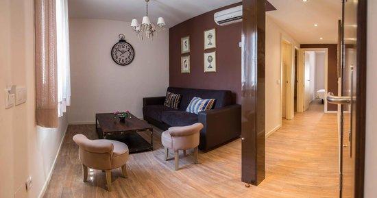 Apartamentos turisticos Casas de los Reyes: Salón