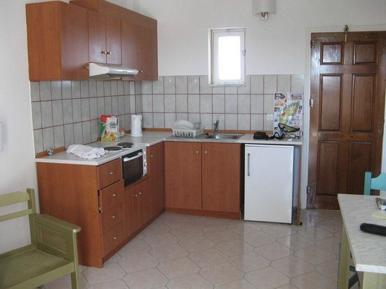 Trianta Hotel Apartments: Kitchen area of 1bed apnt