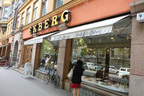 Ekberg - Shop front