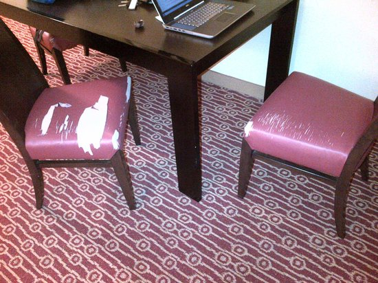 TownePlace Suites Jacksonville Butler Boulevard : Awesome upholstery