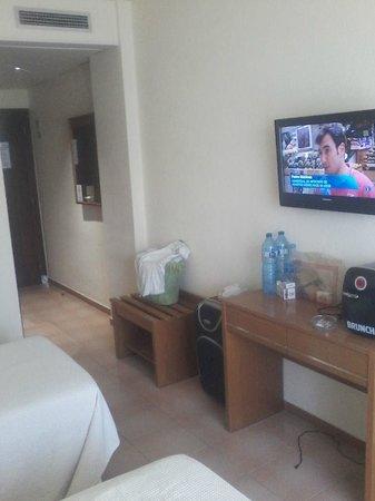 Hotel Marinada: habitación
