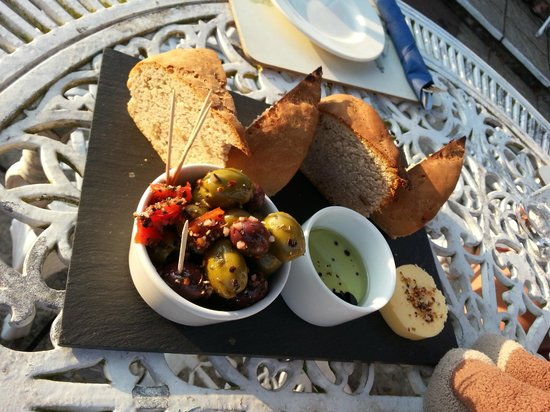 The Bell Inn at Iden: Bread and olives. Big chunky bread!