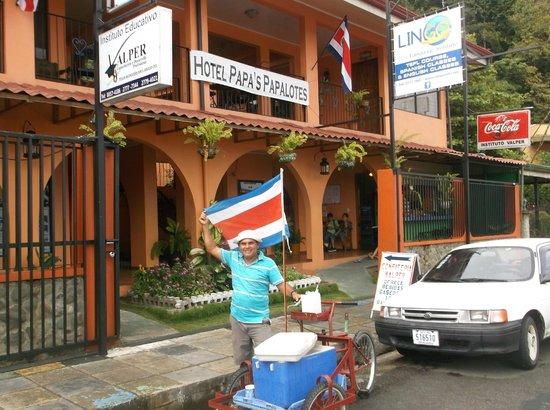 "Hotel Papa's Papalotes: Street vendor, Manual, sells ""agua pipa""  (fresh coconut juice)"