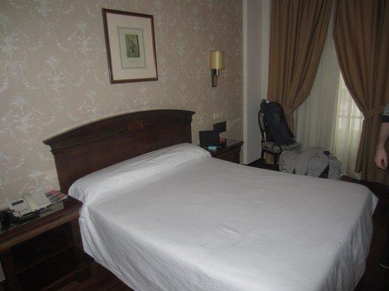 Hotel Lasa: Habitación