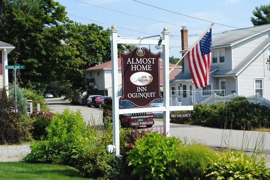Almost Home Inn Ogunquit: Front