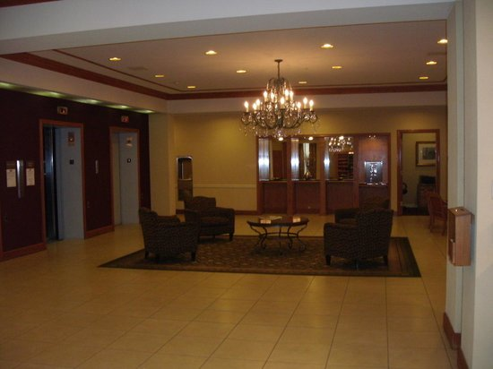 Crowne Plaza Pittsfield: First Floor Lobby Area/Elevators