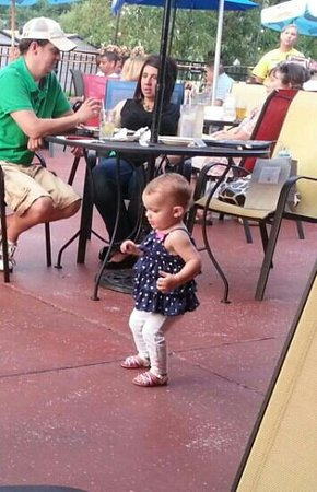 Neenah, WI: Even the babies dance at Wednesday night music at the Pattie Shack!