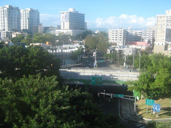 Quality Inn El Portal: vista desde la terraza donde desayunamos