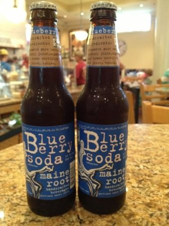 Stonewall Kitchen Cafe : blueberry soda