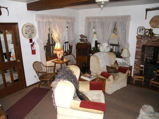 Hotel Packwood: lobby