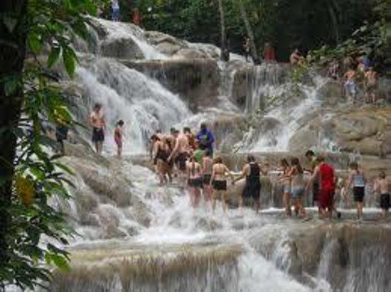 Antsman Tour Jamaica: Dunn River water Falls