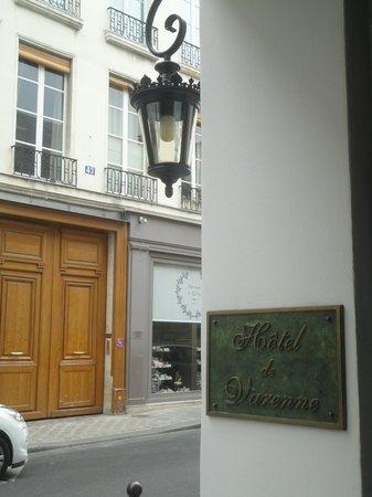 Hotel de Varenne: Entryway