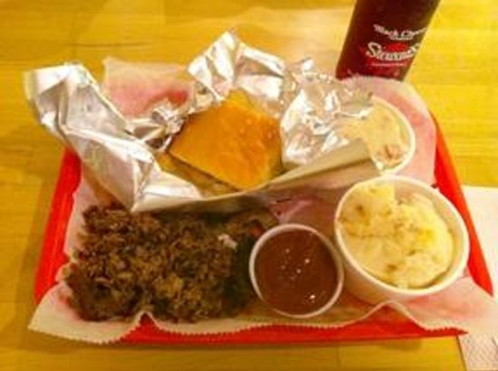 Fat Daddy's Southern Bar Bq: Brisket Meal - Meat, two sides and cornbread or biscuit