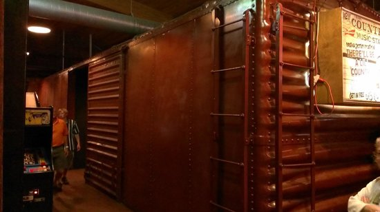 Central Station Bar & Grill: Boxcar converted to restrooms