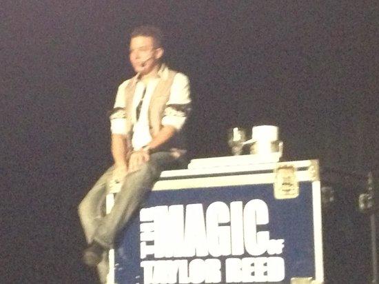 The Magic & Comedy of Taylor Reed : Taylor magic!