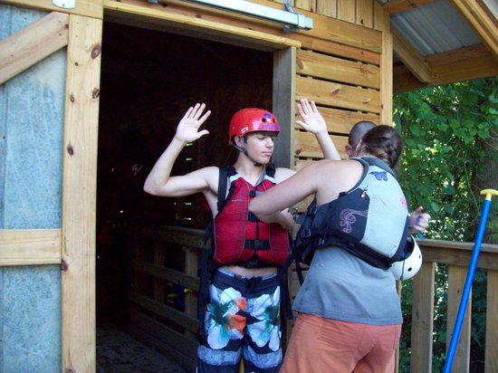 Big Creek Expeditions : Jennifer helps us to get the life jackets to fit just right