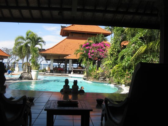 Vila Shanti Beach Hotel: View from the spa