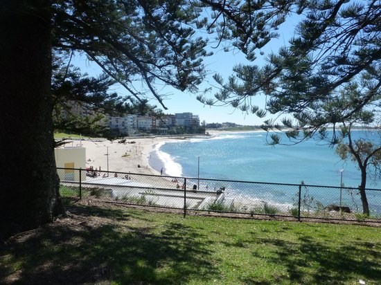 Cronulla Beach Walk: South Cronulla Beach-start of walk