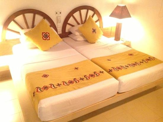 Amaya Lake: this is what we got for double room...