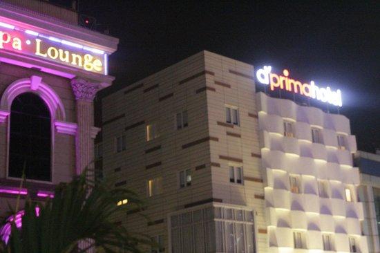 d'primahotel WTC Mangga Dua: hotel facade