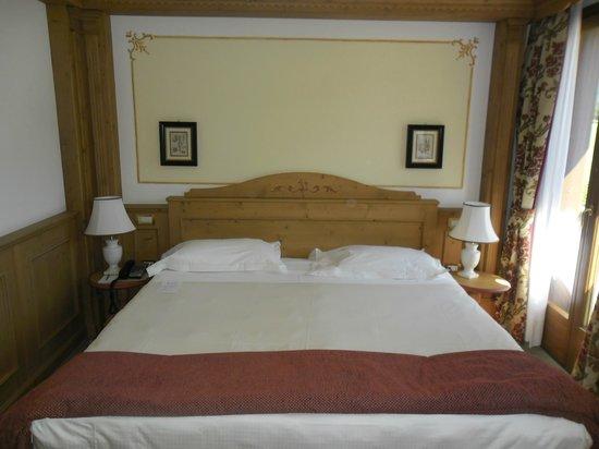 Golf Hotel Campiglio - ATAHotel: letto