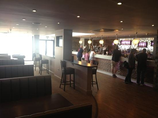 Best Western The Hotel Hatfield : New bar at the Hatfield