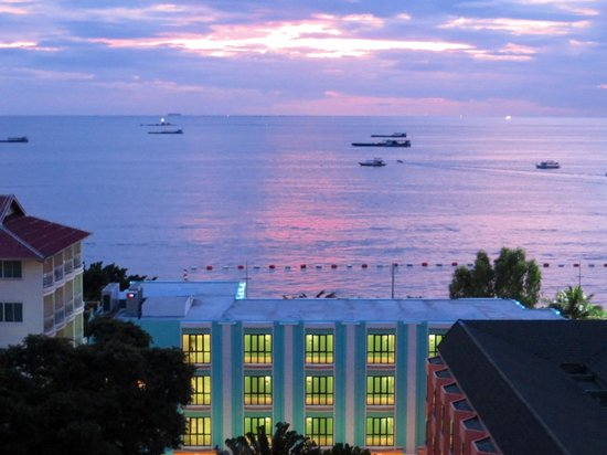 The Bayview Hotel : Sea view room sunset