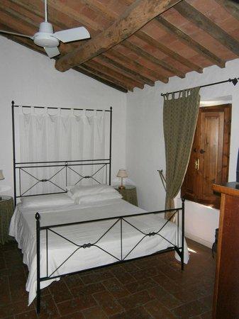 Antico Casale di Montegualandro
