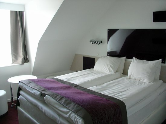 Hotel Gustav Vasa: Comfortable Beds with Nice Linens