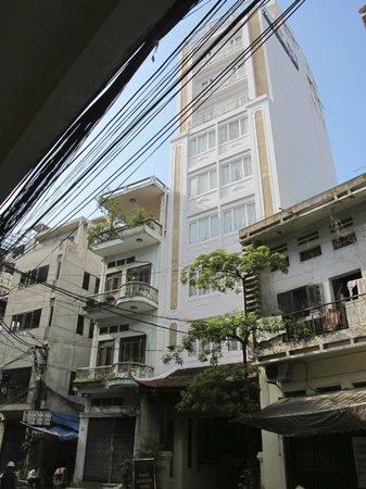 Hanoi Emotion Hotel : Façade