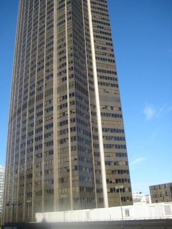 Hotel Montparnasse Saint-Germain: View from the hotel roomover montparnasse tower