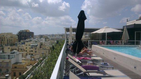 The George Hotel : Pool area