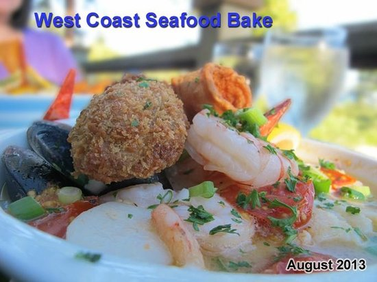 Eagles Landing Bistro: Succulent variety of pacific seafood in one entree